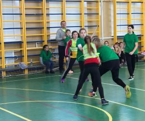 Пройшли змагання з гандболу у Новобаварському районі